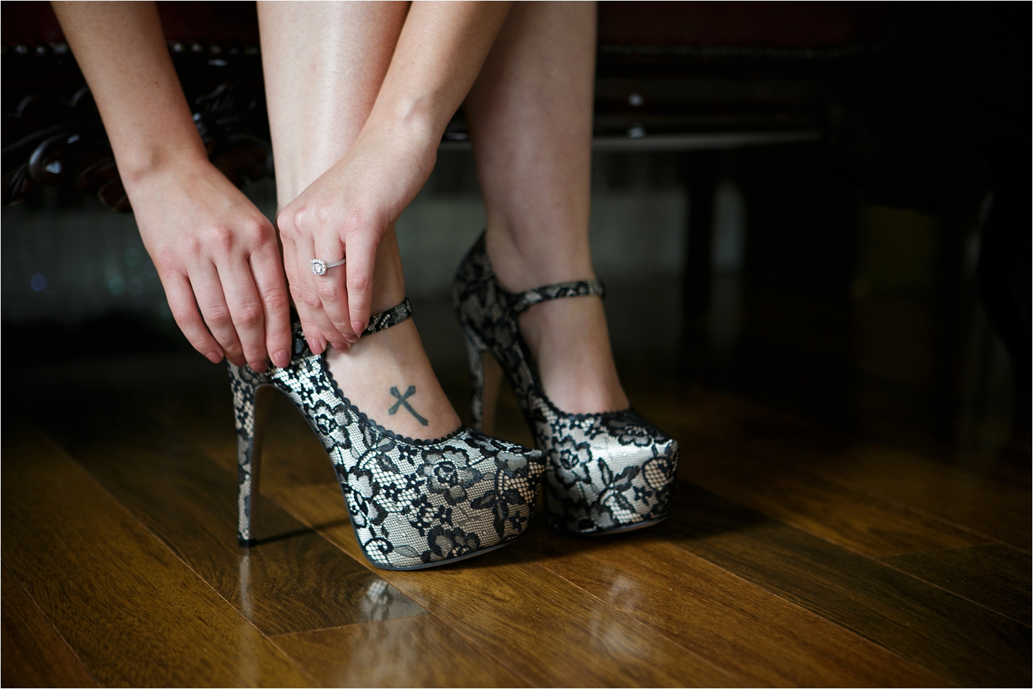 Omaha-Boudoir-Photographer-Shoes