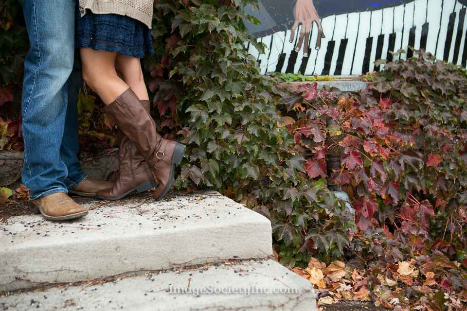 Niki + Adam: Omaha Fall Engagement